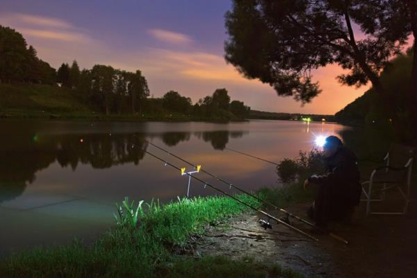 Какой фонарь должен быть у рыбака. 15128.jpeg