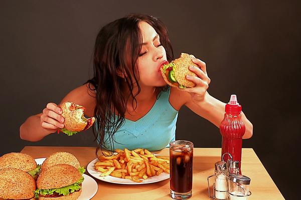 Больше половины россиян умирают от плохой еды. 14174.jpeg
