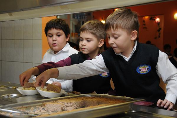 Американским школьникам запретили есть русский минтай. 14292.jpeg