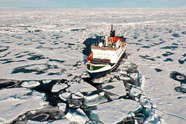 Одарённые школьники получили возможность увидеть Северный полюс. школьники, поездка, плавание, Северный полюс