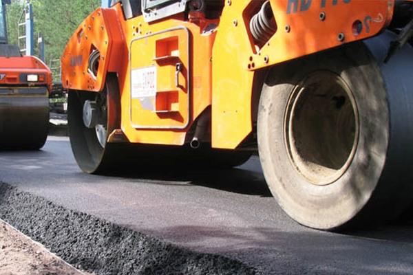 Украинцы ремонтируют дорогу собственными силами. 14330.jpeg