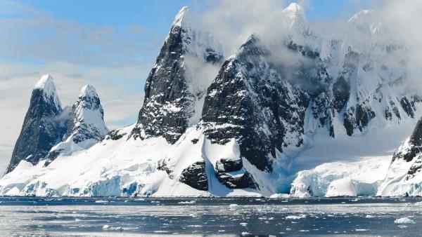 Ученые создали максимально точную карту движения антарктических льдов. экология, ученые, карта, льды, Антарктида
