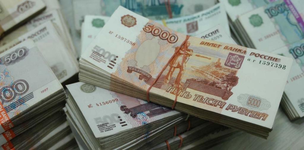 Для достойной жизни россиянину нужно 66 тысяч рублей в месяц. деньги