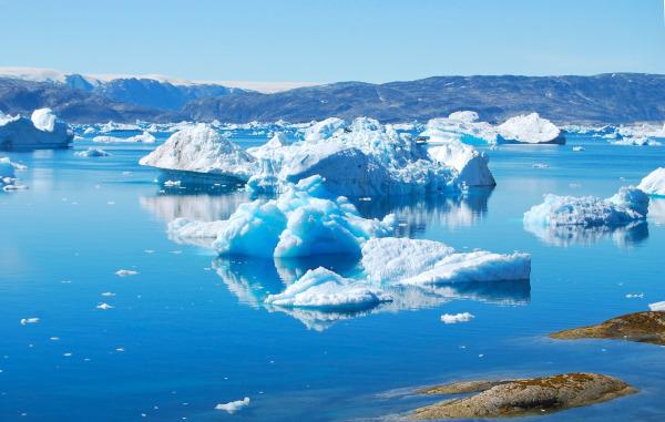 В Гренландии за неделю растаяло 10 млрд тонн льда. климат, глобальное потепление, льды, ледники, Гренландия