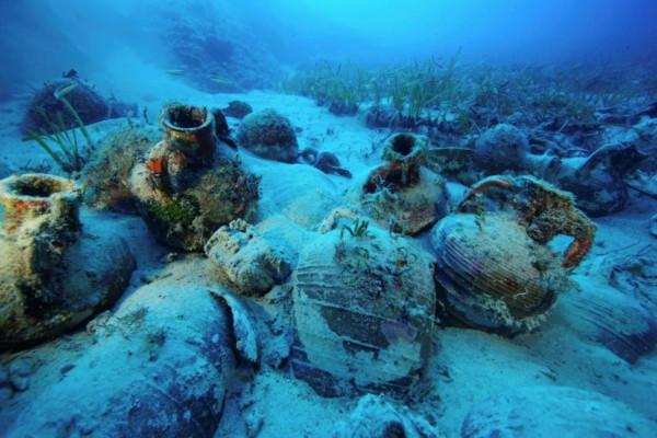 Останки колоссального доисторического корабля обнаружили у берегов Греции. археология, море, Эгейское море, Греция, корабль, якорь