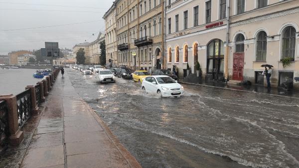 «Водоканал» готовится к возможным подтоплениям в Петербурге. вода, дожди, потоп, Петербург