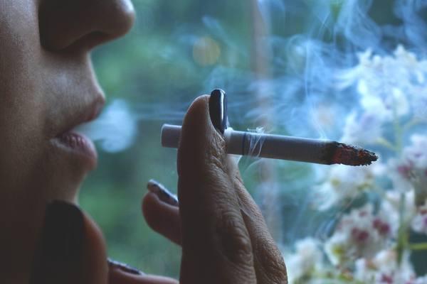 ВС РФ: куришь на балконе – плати соседям. 14397.jpeg