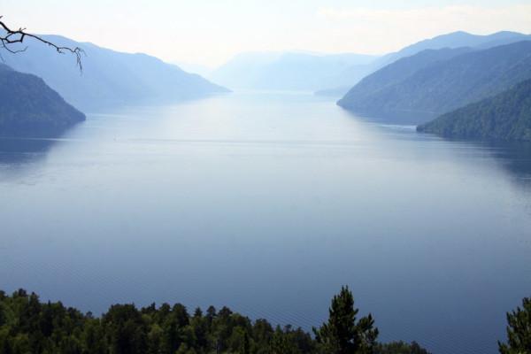 Дайверы показали загадочные туманы Телецкого озера. дайверы, озеро, Телецкое озеро, туманы