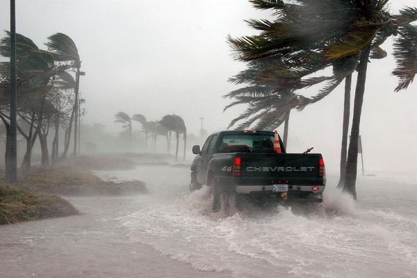 На Земле ожидаются страшные ураганы. 14447.jpeg