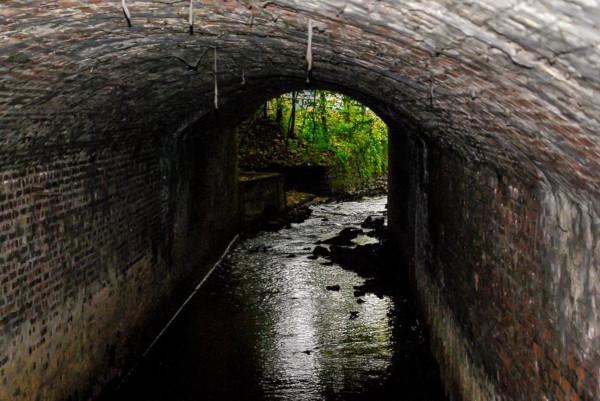 На острове Итуруп обнаружили сеть подземных ходов. остров, Итуруп, подземные ходы, шхуна