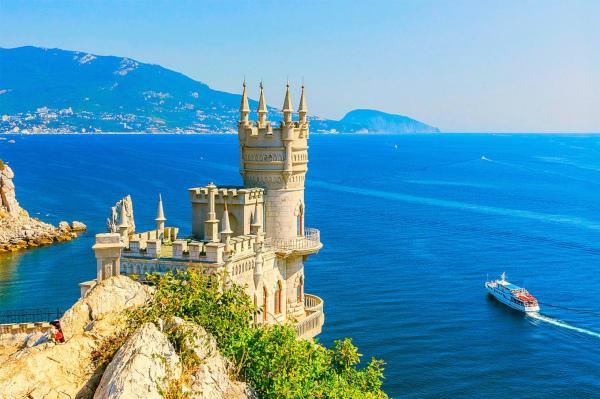 Врач рассказал, почему купаться в Крыму может быть опасно. море, фекалии, Крым