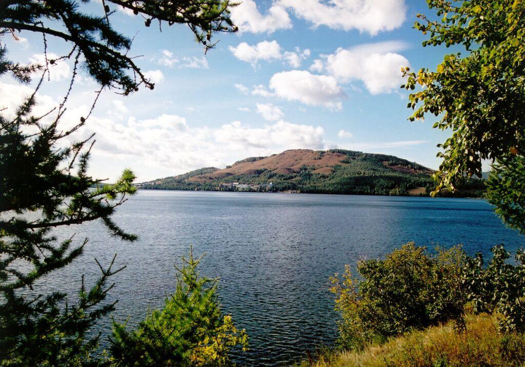 Самые популярные водоемы на майских праздниках. озеро