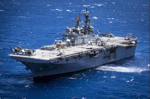 Китай не пустил в порт Циндао американский военный корабль. корабль, военный корабль, США, порт, Циндао, Китай
