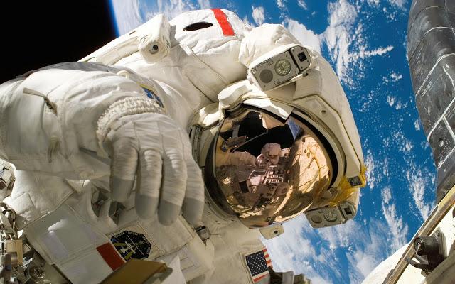Астронавты США будут зубрить русский язык. 13552.jpeg