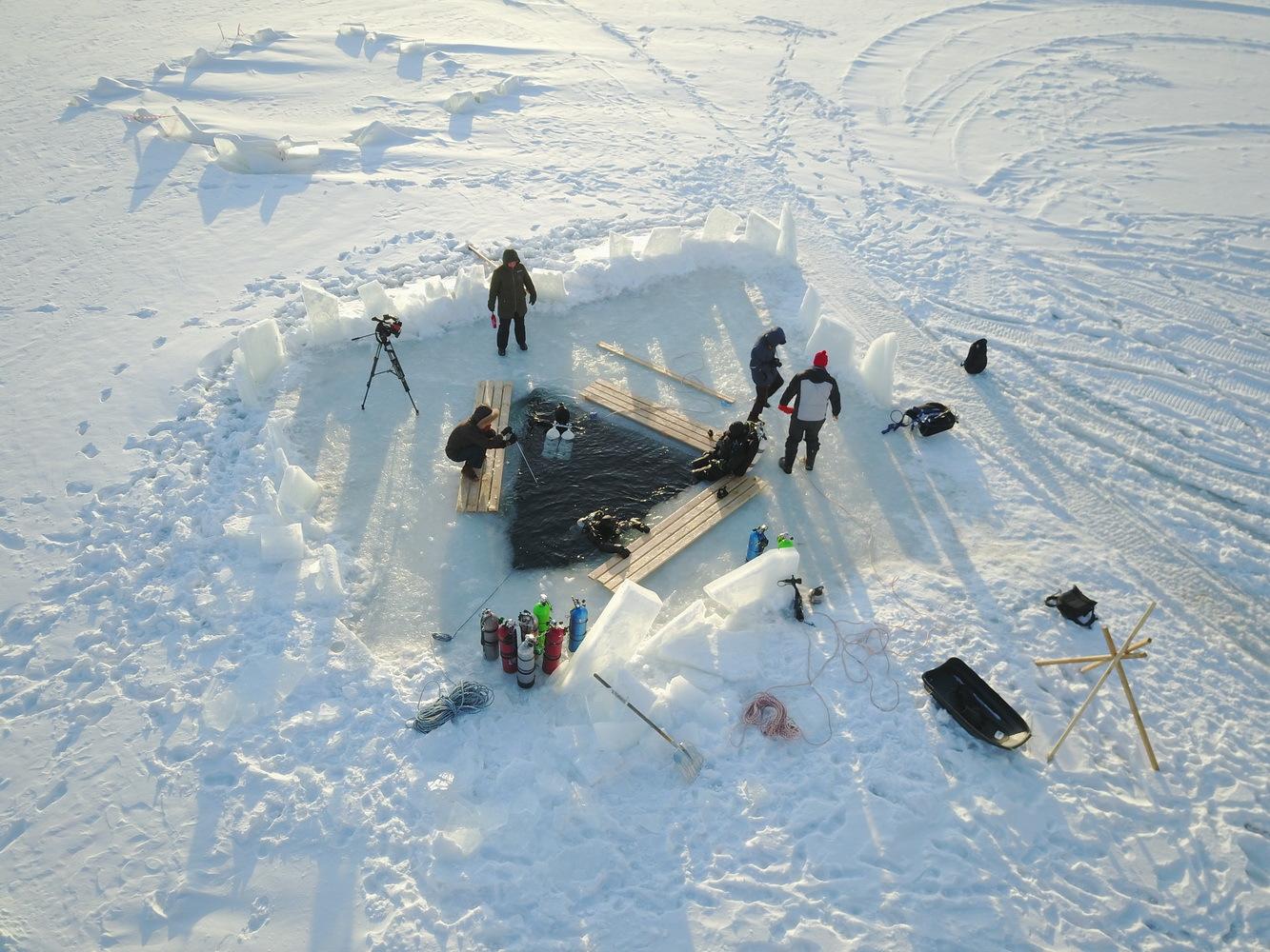 4 человека просидели подо льдом 10 часов. 14631.jpeg