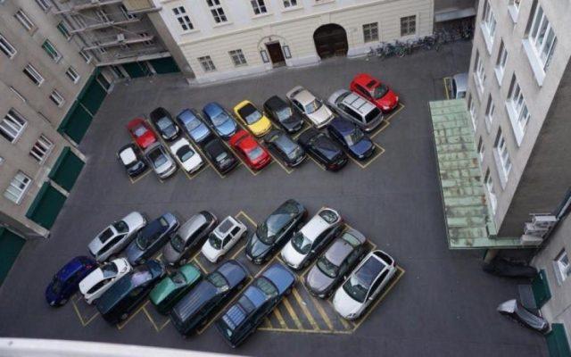 Парковки во дворах будут ограничивать. 13697.jpeg