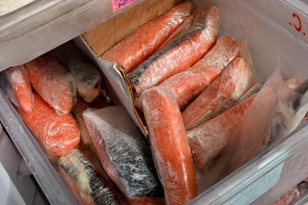 В Псковской области из-за отсутствия разрешения через границу не пропустили более 18 тонн мороженой рыбы. рыба, экспорт, Псковская область