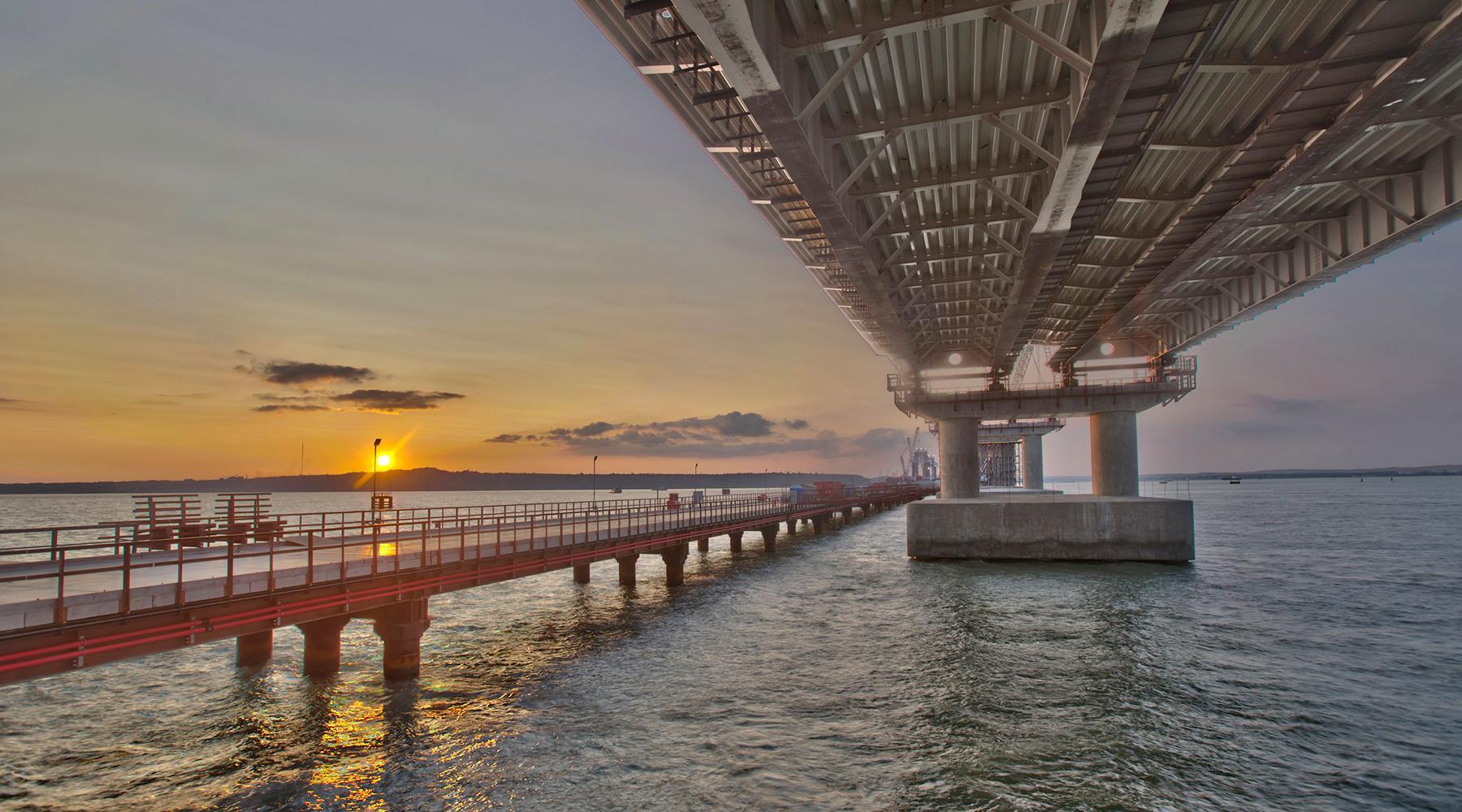 Украина собирается судиться из Крымского моста. 14881.jpeg