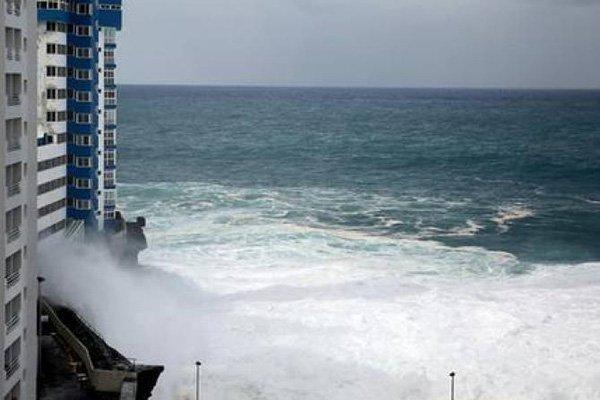 На Тенерифе обрушился небывалый шторм. 13969.jpeg