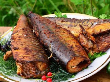 Эксперт: почему сушеная и копченая рыба может быть опасна для здоровья