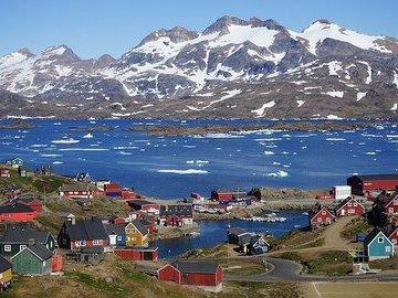 Ледники Гренландии тают рекордными темпами - климатологи