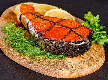 Диетолог Марина Макиша рекомендует россиянам отказаться от красной рыбы