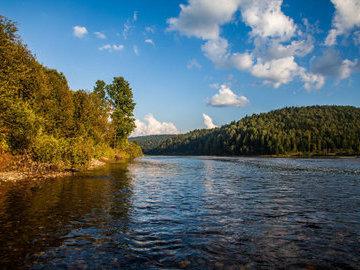 В Белогорске река Томь угрожает подтоплением