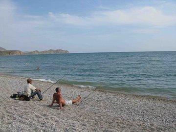 Как рыбачить в Черном море с берега