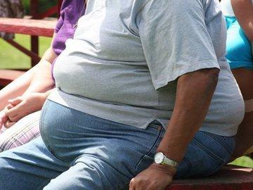 Медики: россияне плохо питаются, курят и сидят сиднем