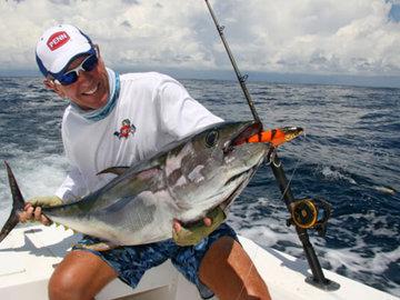 Увлекательная рыбалка в Африке. Тунец