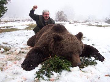 Пенсионер подрался с медведем