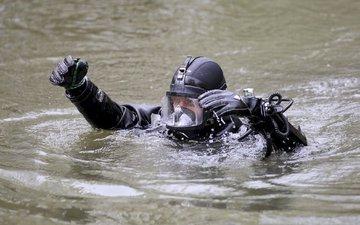 Трое рыбаков погибли на реке в Югре